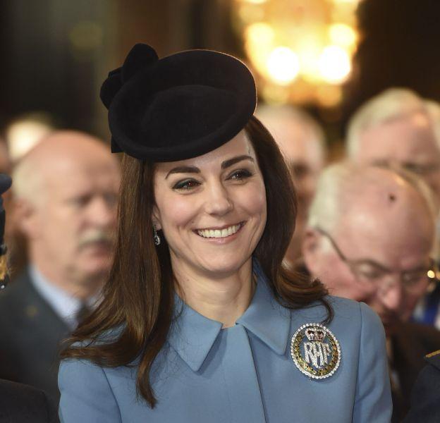 Kate Middleton en l'église Saint Clement Danes ce dimanche 7 février 2016 à Londres.