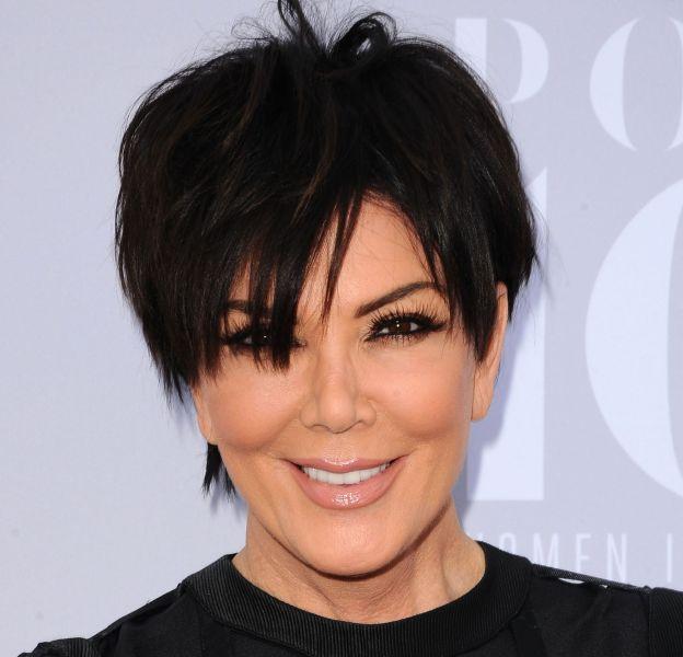 Kris Jenner poste les clichés de son shooting pour Harper's Bazaar.