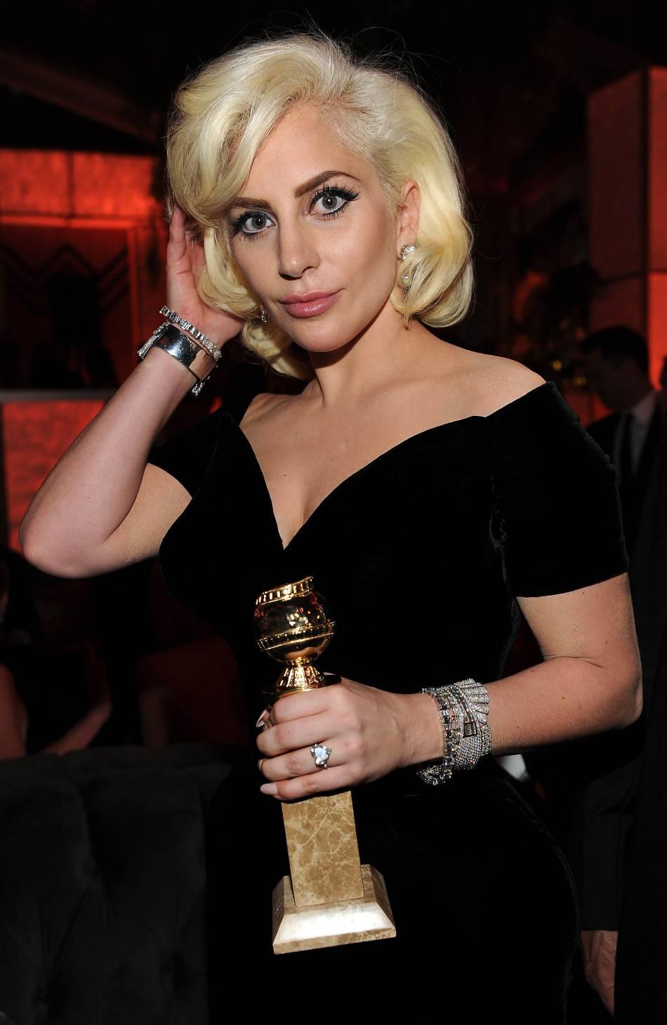 Lady Gaga a posté un cliché vintage de sa maman.