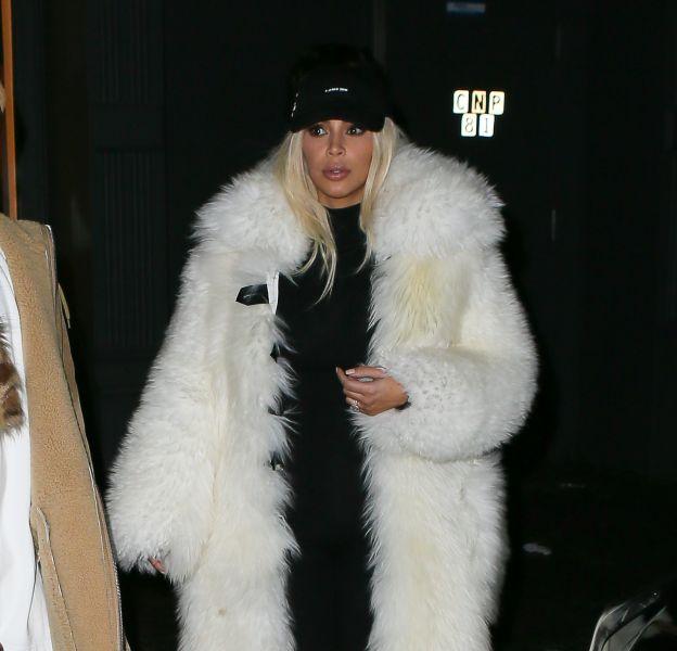 Kim Kardashian à New York aux côtés de Kanye West ce dimanche 14 février 2016.