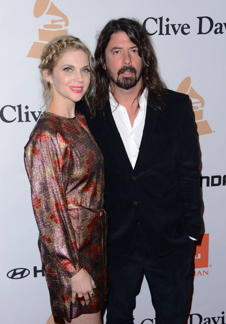 """Dave Grohl au gala """"Pre-GRAMMY and Salute to Industry Icons honoring Irving Azoff"""" au Beverly Hilton Hotel à Los Angeles le 14 février 2016."""