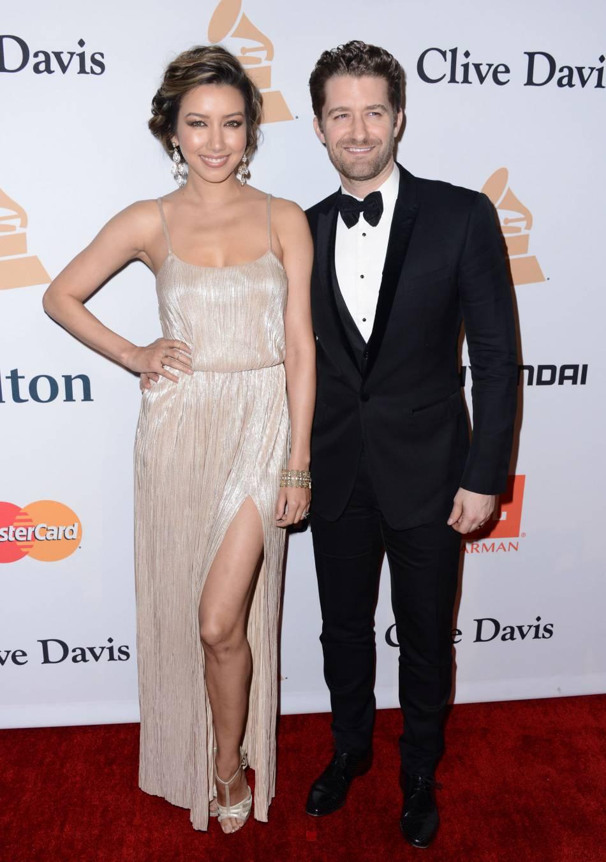"Matthew Morrison et Renee Puente au gala ""Pre-GRAMMY and Salute to Industry Icons honoring Irving Azoff"" au Beverly Hilton Hotel à Los Angeles le 14 février 2016."