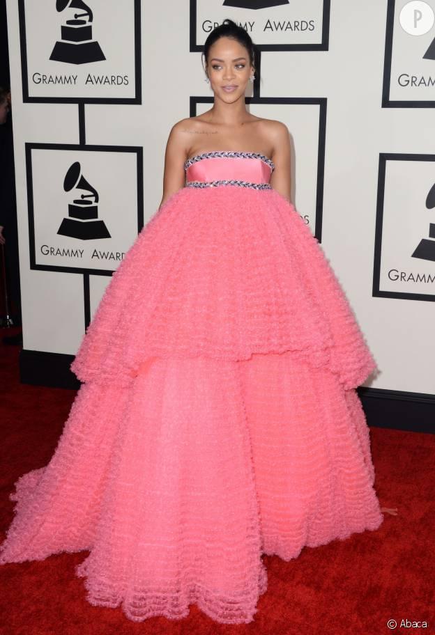 Beyonce Rihanna Nicki Minaj Les Grammy Awards En 10 Tenues