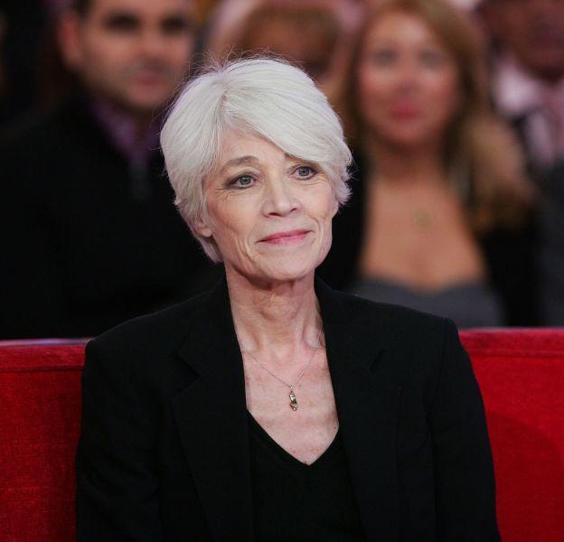 """Françoise Hardy est aujourd'hui """"sortie d'affaire""""."""