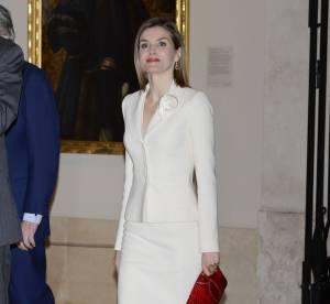 Letizia Ortiz : élégante et tendance dans son tailleur...