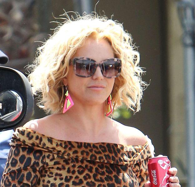 Britney Spears affiche une nouvelle fois ses mensurations de rêve sur la Toile.