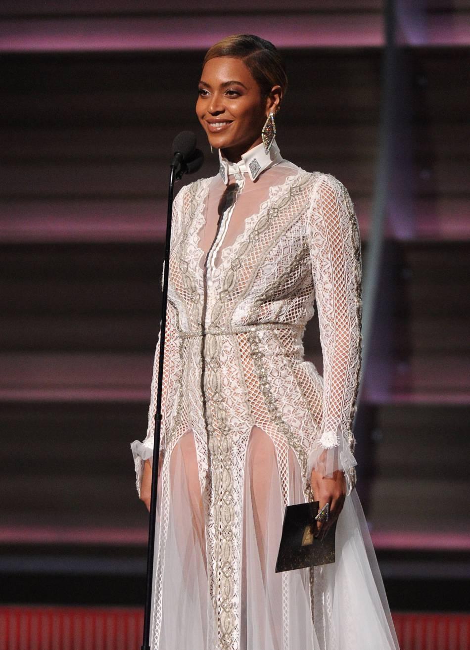 """Dans ELLE, Beyoncé revient sur la polémique causée par le clip de """"Formation""""."""