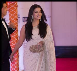 Aishwarya Rai était elle aussi de la partie, dans un ravissant sari indien.