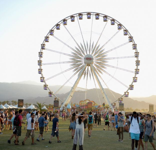 Le Festival Coachella 2016 aura lieu du 15 au 17 avril et du 22 au 24 avril 2016.