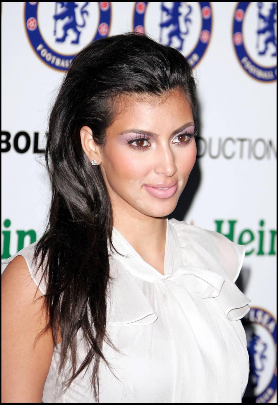 Il y a quelques années, Kim Kardashian avait des cheveux de bébé sur le front.