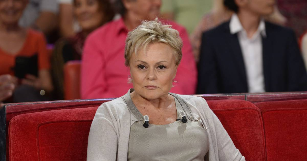 Muriel robin s 39 panche sur son pass et sur ses failles for Muriel robin le salon de coiffure