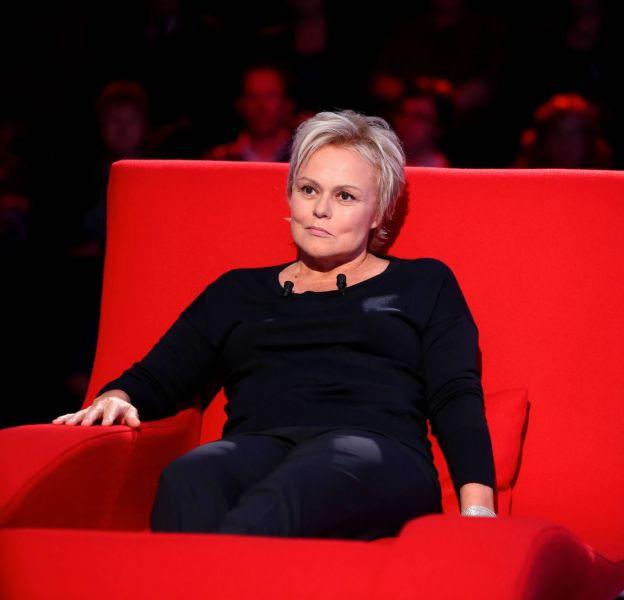 """Muriel Robin multiplie les confidences sur """"Le Divan de Marc-Olivier Fogiel""""."""