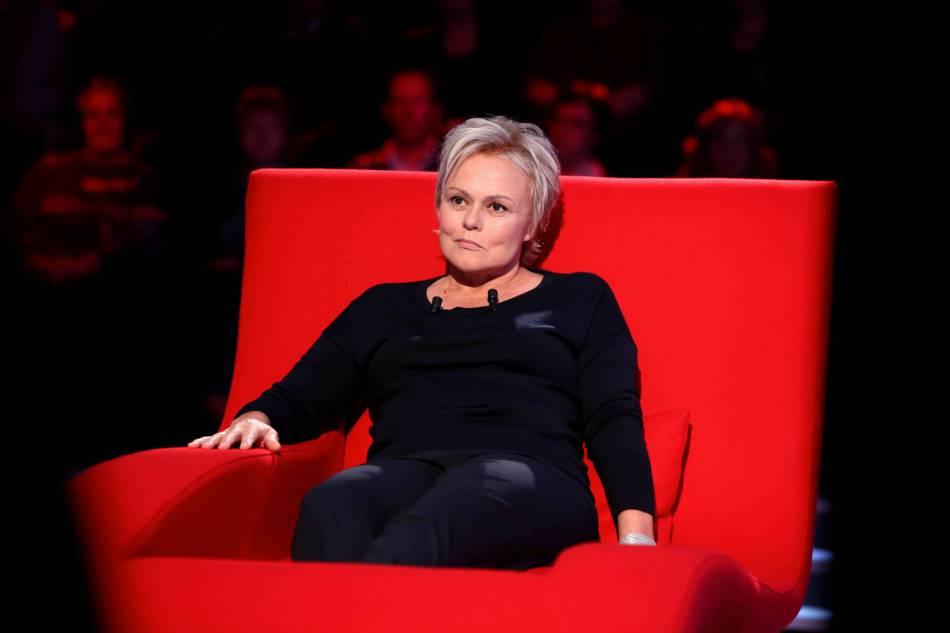 Muriel robin ses d pressions sa m re son poids for Muriel robin le salon de coiffure