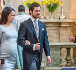 La princesse Sofia et le prince Carl Philip de Suède sont de jeunes parents comblés.