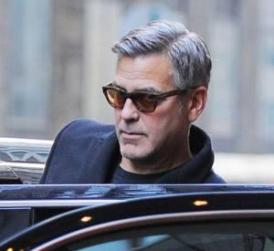 George Clooney déclare son amour infini pour Amal dans le magazine Esquire.