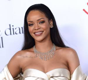 "Rihanna dans son clip ""Needed me""."