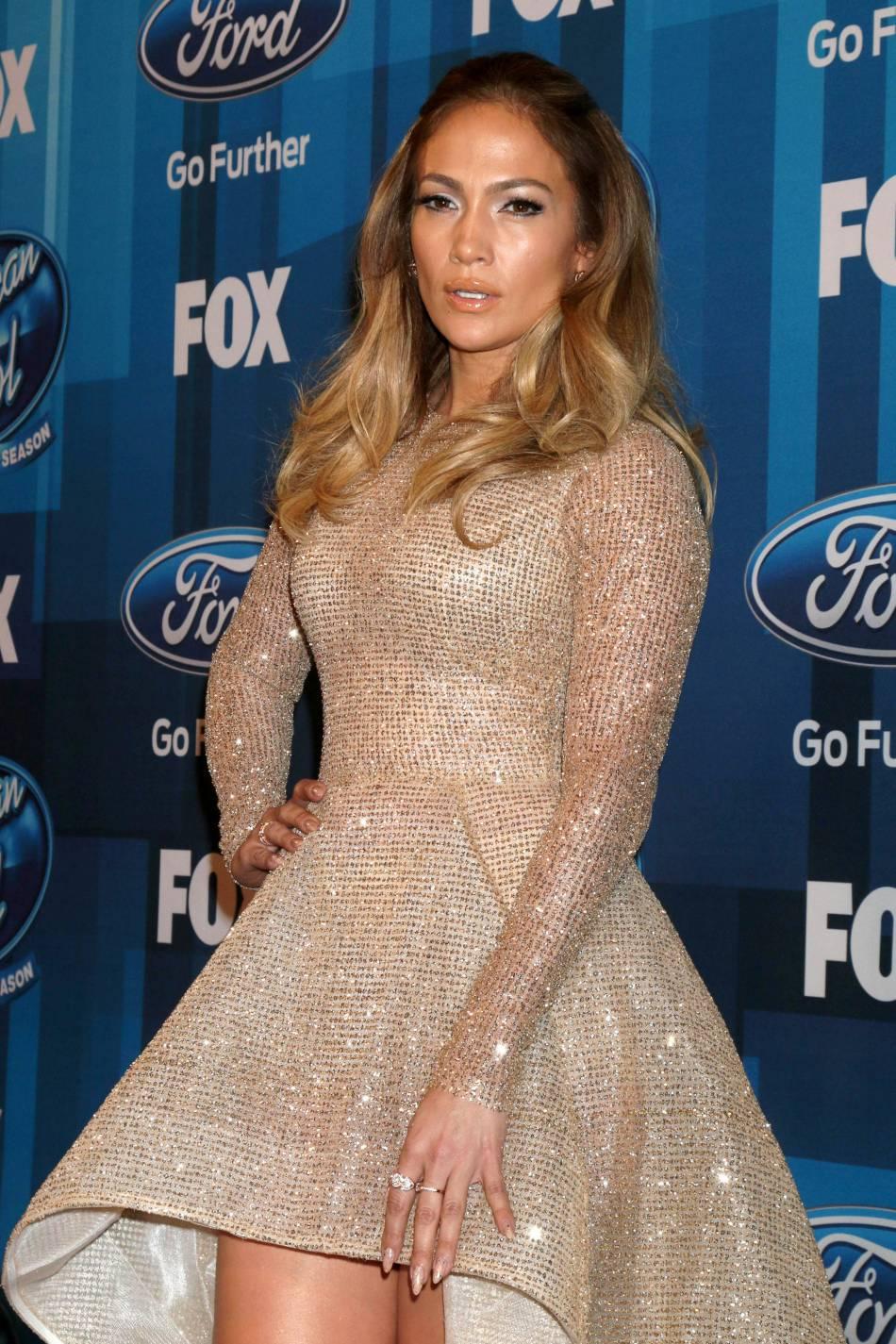 Jennifer Lopez, plus torride que jamais le temps d'une séance photo.