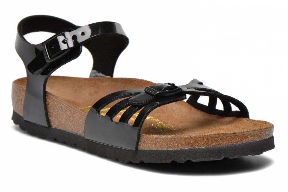 Chaussures noires vernies, Birkenstock, 66€.