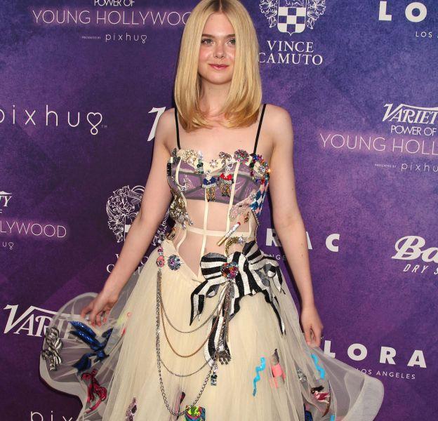 Elle Fanning a fait sensation lors de la soirée Variety : power of Young Hollywood en robe transparente Marc Jacobs.