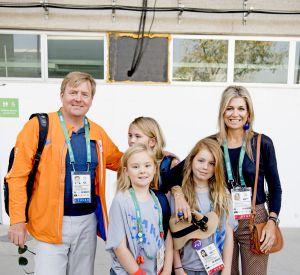 La reine Maxima et sa famille supportent leurs sportifs au JO.