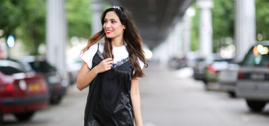10 manières de porter son t-shirt blanc qu'on pique aux blogueuses
