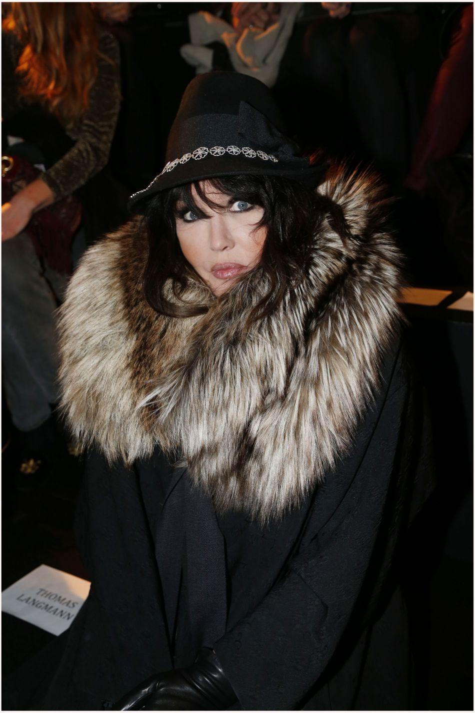 """Pour Isabelle Adjani, les Kardashian sont des """"stars de pacotille""""."""