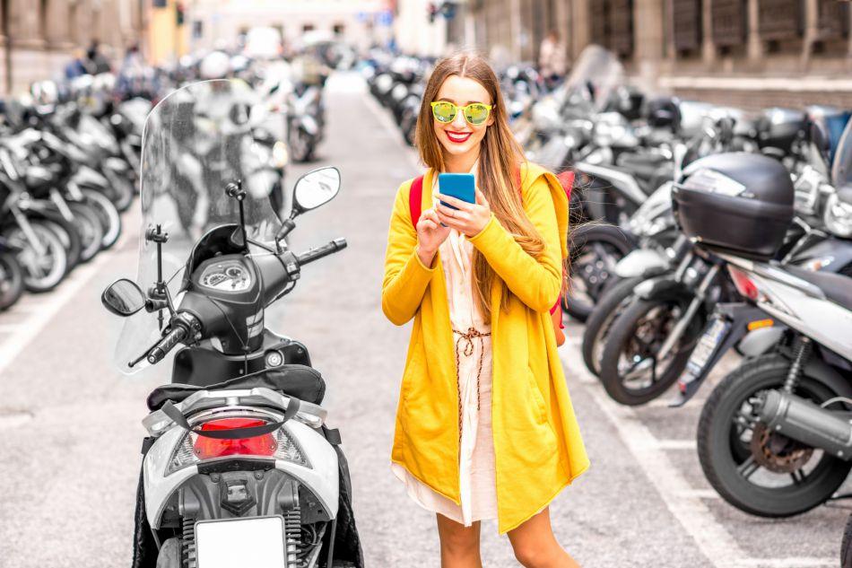 Les cosmétiques anti-pollution viennent au secours des citadines.