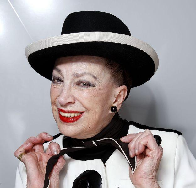 Geneviève de Fontenay avoue enfin avoir déjà eu recours à la chirurgie esthétique pour ses paupières...