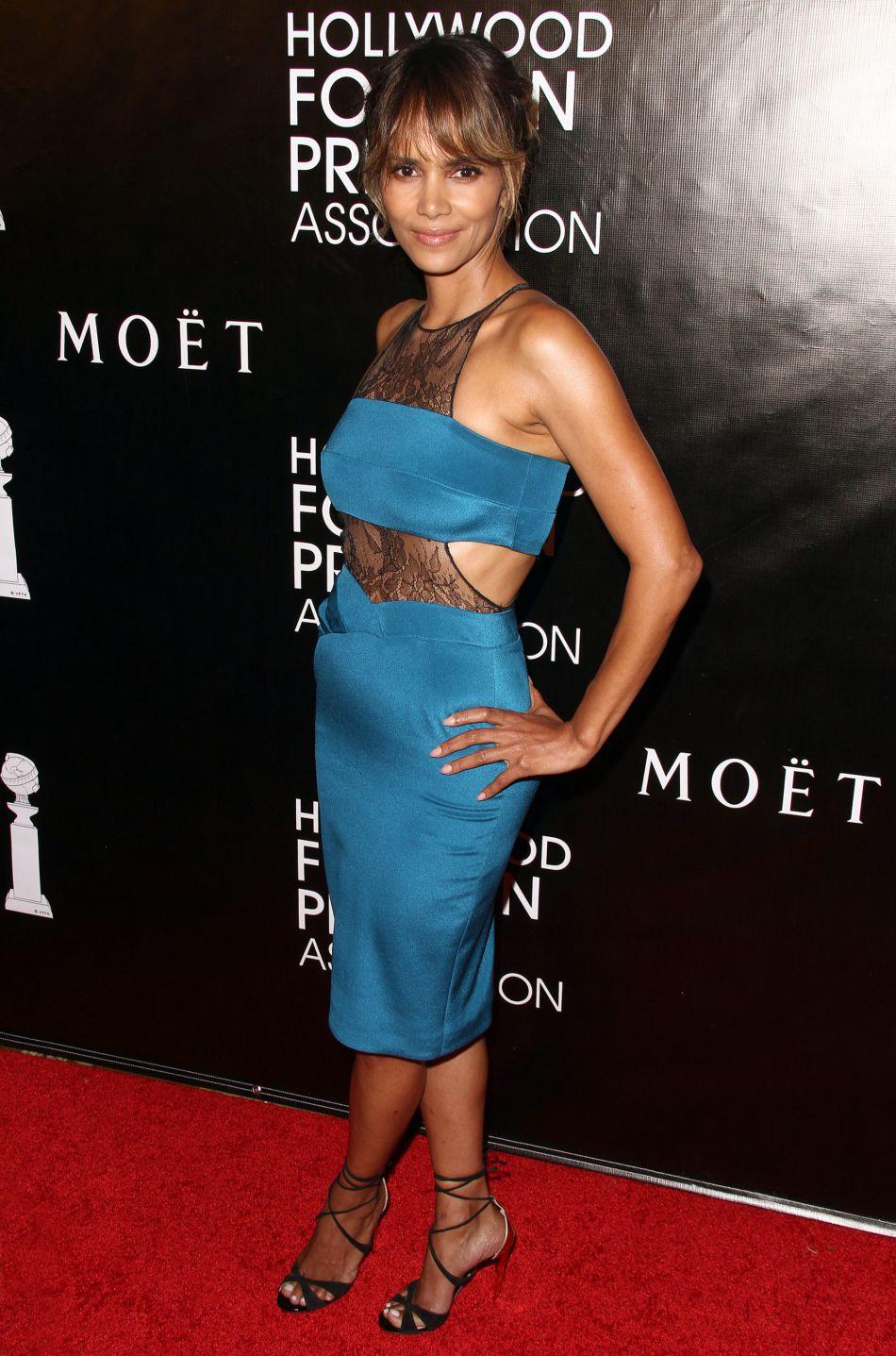Halle Berry s'est elle aussi vêtue de rouge comme dans le clip de la star...