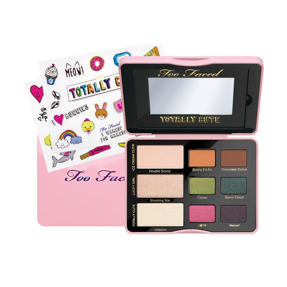 Palette et stickers, Too Faced, 35,50€.