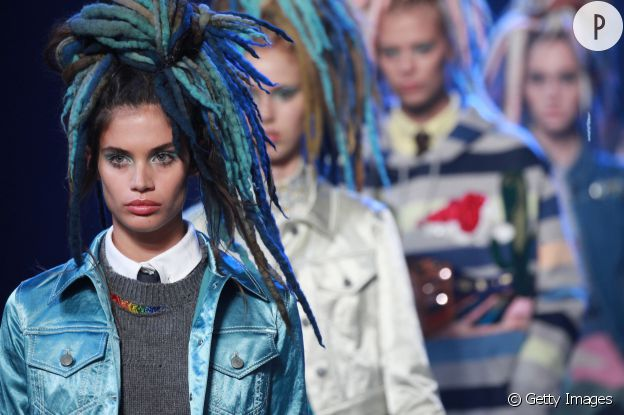 Les dreadlocks du défilé Marc Jacobs ont fait le buzz.