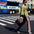 Le pantalon de survêtement devient un it de la rue et du podium.