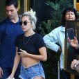 """Elle est en pleine promotion de son futur album """"Joanne"""" dont la sortie est prévue pour octobre."""
