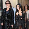 Kim Kardashian était accompagnée de sa mère, Kris Jenner.