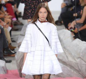 La robe blanche à volants Carven est déjà notre fixette de l'été.