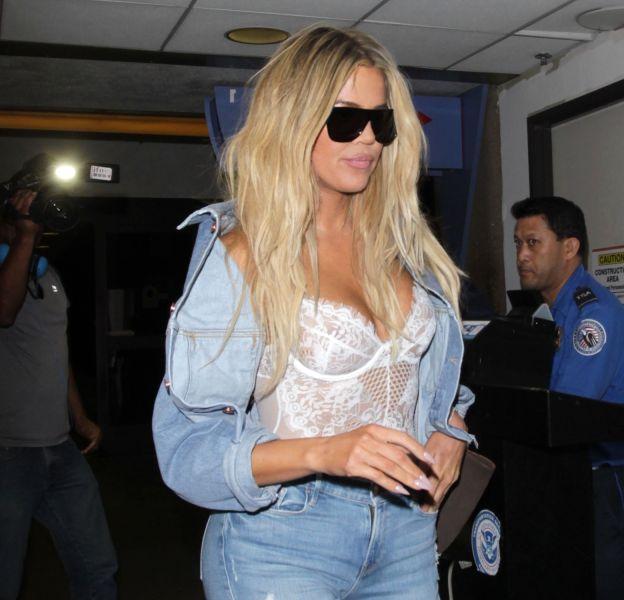 Khloé Kardashian à l'aéroport de Los Angeles le 30 septembre 2016.