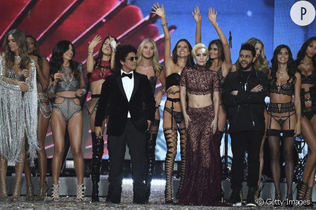 Les guest stars étaient très attendues et Lady Gaga, Bruno Mars et The Weekend ont fait le show.