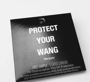 Vous pouvez avoir des préservatifs Alexander Wang (et c'est pour la bonne cause)
