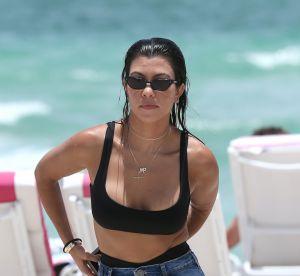 Kourtney Kardashian, le plus petit bikini de l'année ?