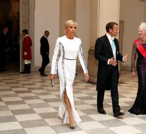 Brigitte Macron en Louis Vuitton lors d'une soirée royale au Danemark.