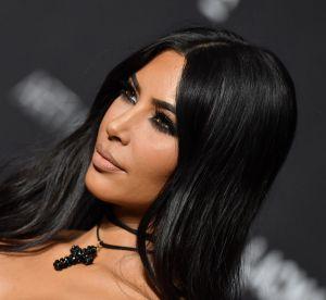 Kim Kardashian fait le show en Mugler vintage et repousse les limites du sexy
