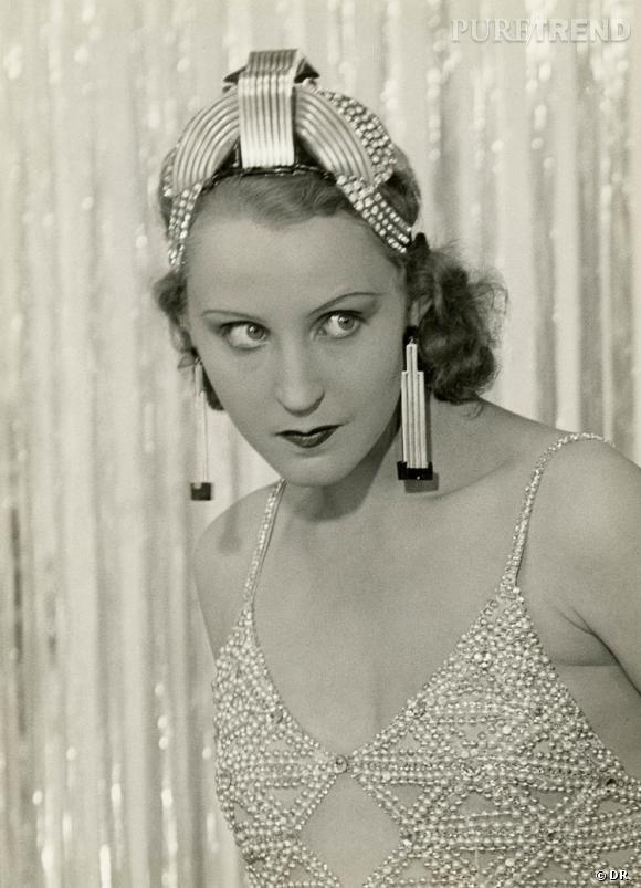 Brigitte Helm dans l'Argent, film de Marcel L'Herbier, portant les bijoux de Raymond Templier, Londres, Collection particulière