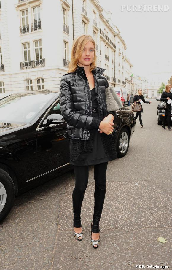 Natalia Vodianova, legging
