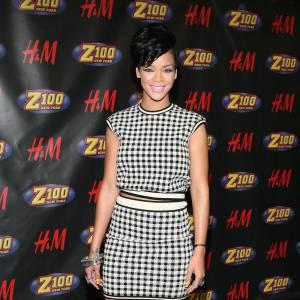 Rihanna, chic et sobre