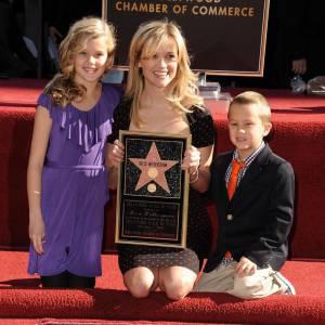 Les enfants de Reese Witherspoon et de Ryan Phillippe sont des plus élégants.