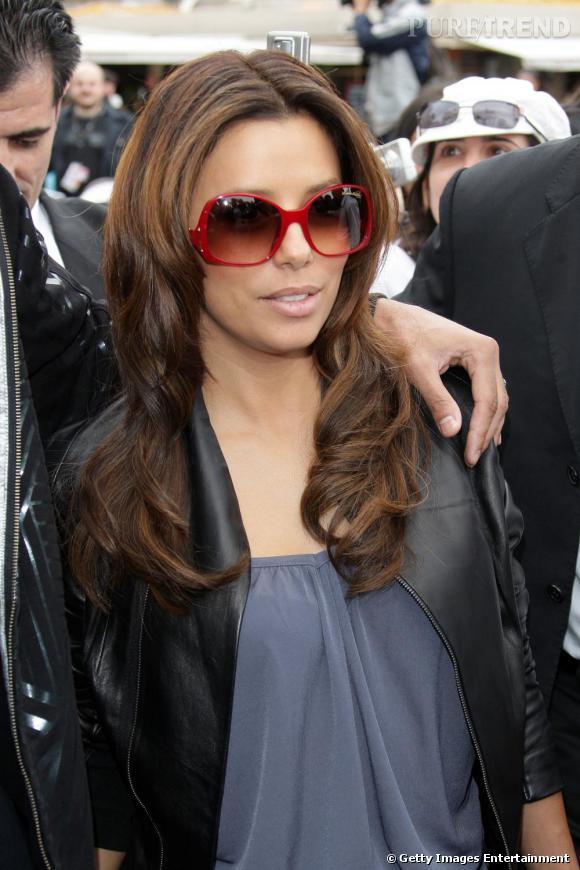 Les lunettes de soleil: En vraie star, Eva les choisit grand format
