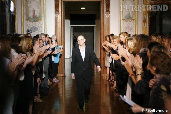 Christian Lacroix à la fin de son dernier défilé Haute Couture, juillet 2009.