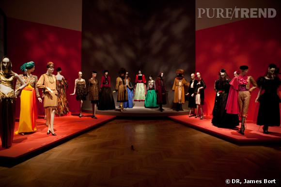 """Salle de l'exposition intitulée """"Les voyages imaginaires""""."""