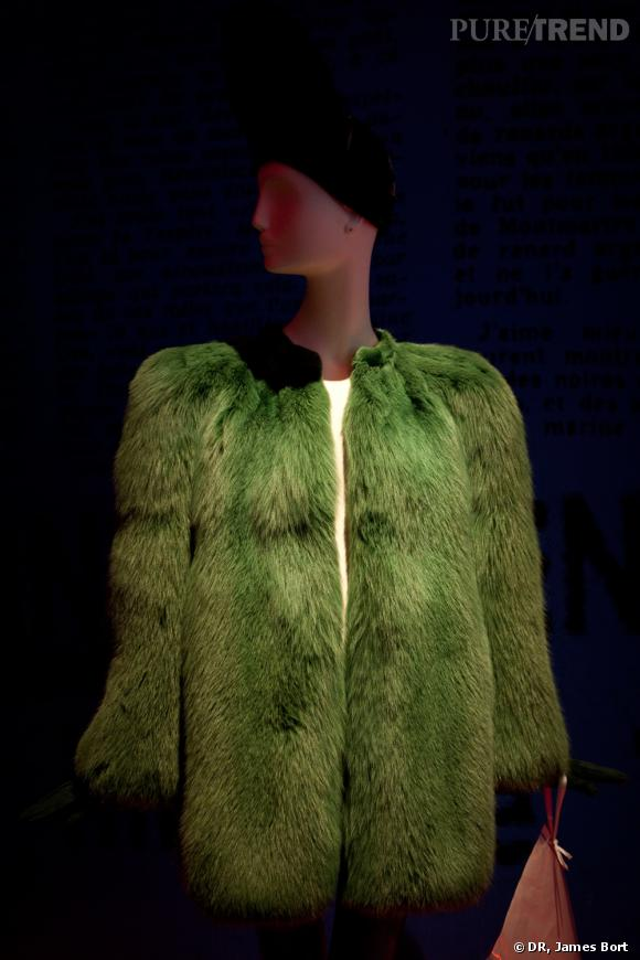 "Manteau du soir de renard vert, collection ""40"" Printemps-Eté 1971."