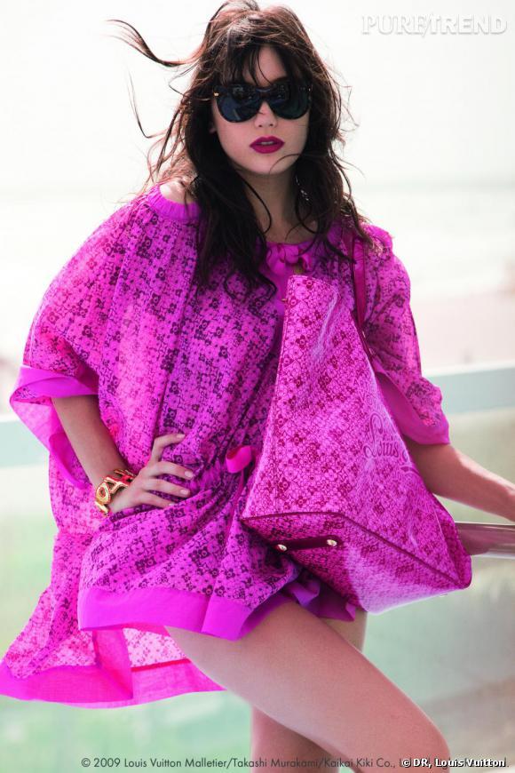 Daisy Lowe pour la collection Cosmic Blossom de Louis Vuitton